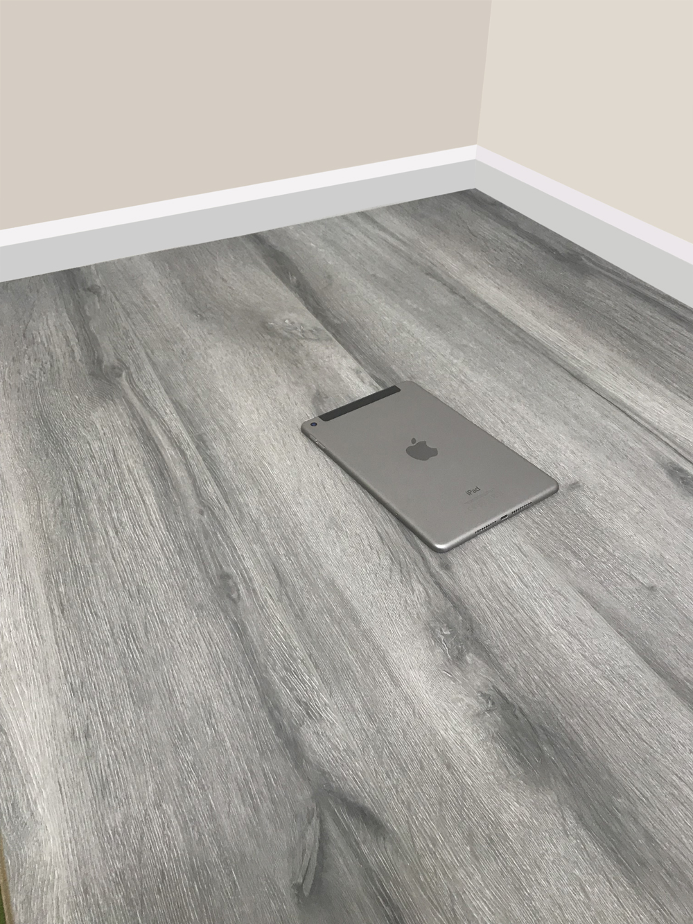 8mm Grey Laminate Flooring Ac4 Rated Embossed V